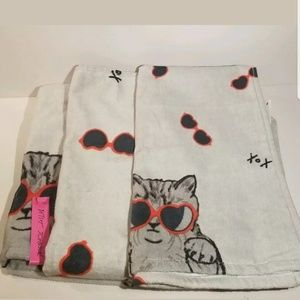 NEW   Betsey Johnson   Cat Towel Set